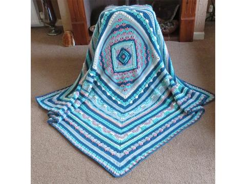 Belatane Blessings blanket crochet kit