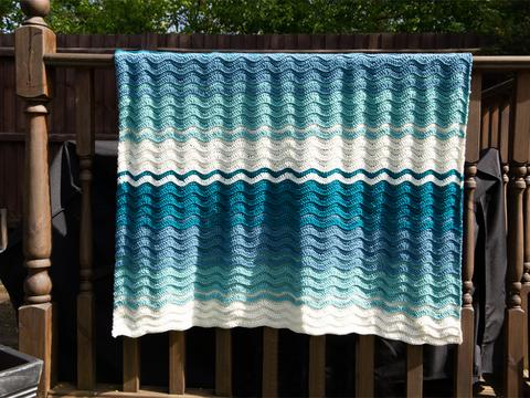 riding the waves blanket from Deramores