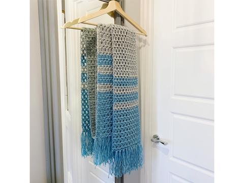 Colour block scarf.
