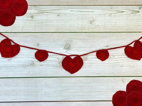 Valentines crochet bunting